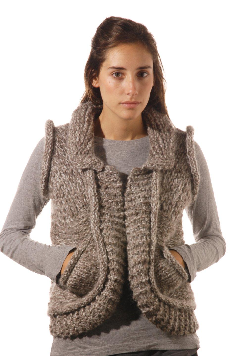 Chaleco Carla – Tejido a mano, colores naturales de la lana y mohair