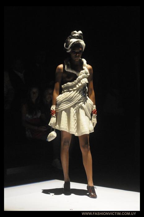 Diseño de Laura Almeida. Foto Rodrigo Olivera (www.fashionvictim.com.uy)