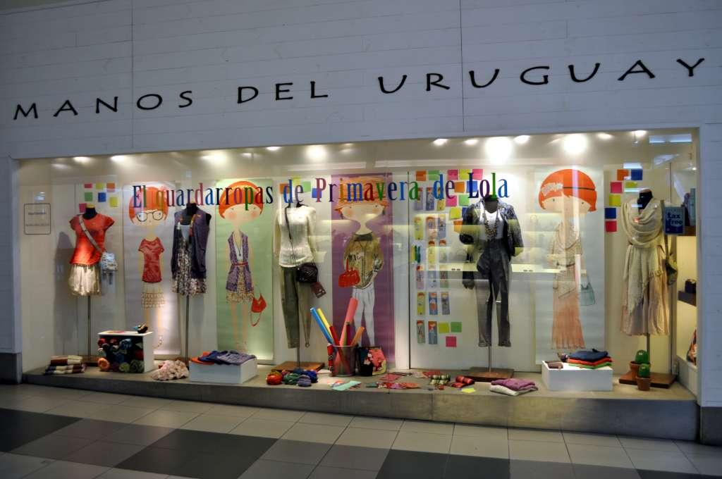 ¿Los centros comerciales y los negocios en el comunismo? Vidriera-verano-2011-017-1024
