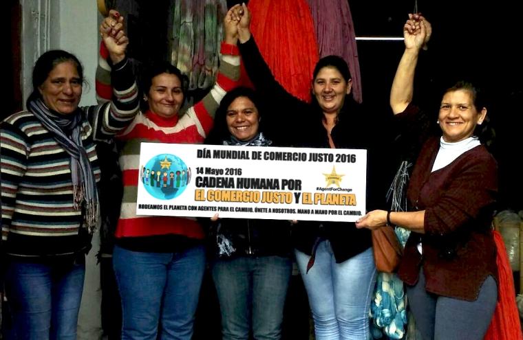 Manos del Uruguay - Artesanas de la Cooperativa de Cadef Florida - Rosa Elena, Blanca, Patricia, Leticia, Sandra.
